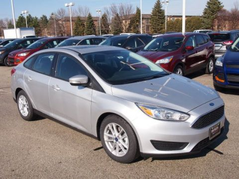 New 2018 Ford Focus SE FWD 4dr Car