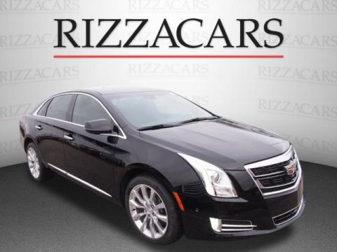 New 2017 Cadillac XTS Luxury FWD Luxury 4dr Sedan