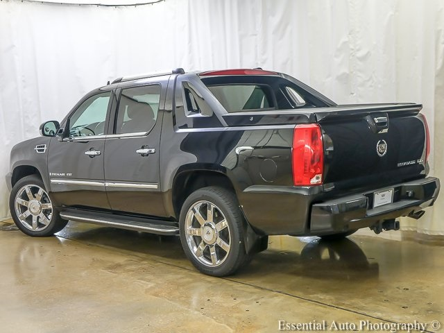 Pre-Owned 2007 Cadillac Escalade EXT Base