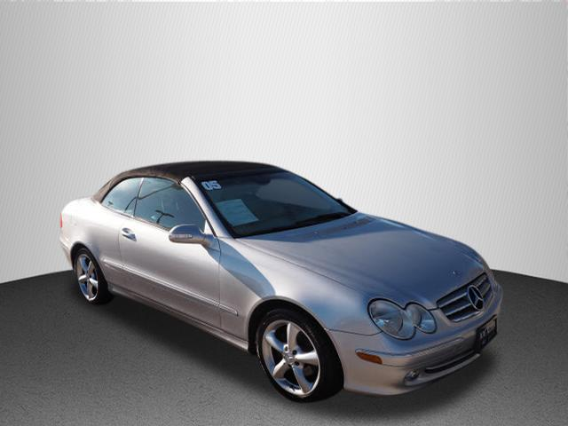 Pre-Owned 2005 Mercedes-Benz CLK CLK 320